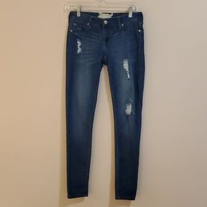 Altar'd State Jane Doe distressed jeans size 27/5